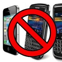 German Interior minister bans iPhones, BlackBerries