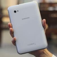 Samsung Galaxy Tab 10.1 and Galaxy Tab 7.0 Plus dress up in white, both look beautiful