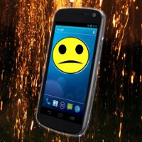 Owners report that the Samsung Galaxy Nexus is plagued by random reboots