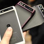 Motorola DROID RAZR users asked to