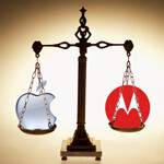 Motorola wins in Germany against Apple, iCloud features banned, iPhone 4 disappears online
