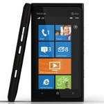 Microsoft stops taking pre-orders on Nokia Lumia 900