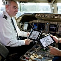 U.S. Air Force planning to outfit pilots with up to 18 000 tablets, Apple sales clerks tasting a huge bonus