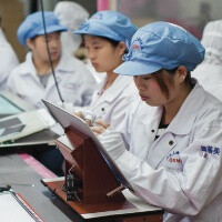 Working conditions at Foxconn way above average, workers too bored, though