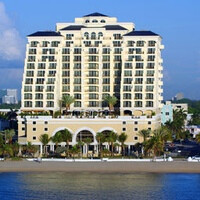Samsung Galaxy Tab 10.1 lands at Fort Lauderdale resort, tipping it not required