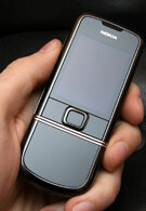 Hands-on with Nokia 8800 Arte