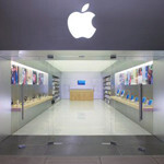 Jobs originally wanted Apple Stores to target creative professionals
