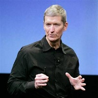 Apple stock surges past $550, Tim Cook sells $11 million worth of shares