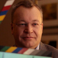 Stephen Elop says dual-, quad-core phones just waste battery life