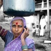 Weird statistics: more Indians have mobile phones than have toilets