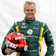 Formula 1 race driver will start with an Angry Birds helmet in this weekend's Australian Grand Prix