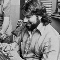 Steve Wozniak is the first in line waiting for the new iPad in LA