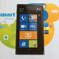 Nokia Lumia 900 for AT&T shows up on eBay