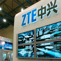 ZTE sees sales climb, profits fall