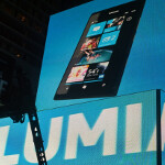 Some Nokia Lumia 900 pre-orders arrive; device is center of attention in Times Square