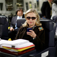 """Hillary Clinton responds to """"Texts From Hillary"""" Tumblr with her own submission"""