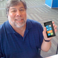 Steve Wozniak looking to pickup a Lumia 900 today