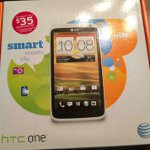 AT&T sells an HTC One X early