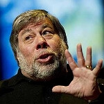 Woz up? Apple co-founder picks the Nokia Lumia 900 over Android