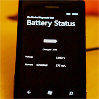 Nokia Lumia 800 modded to support wireless charging