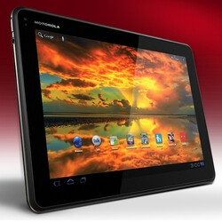 Refurbished Motorola XOOM Family Edition priced at $280
