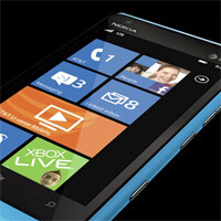 Nokia Lumia 900 still selling well, Windows Phone 8 update not out of the question