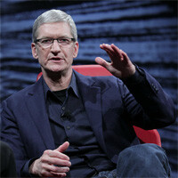 Tim Cook says he wants there to be Apple products made in America