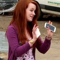 Samsung Galaxy S III vs Apple iPhone 4S drop test is for real (video)