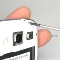 Samsung Galaxy S III torn down on video