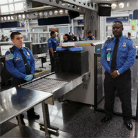 Apple Design Award grabs unwanted attention at TSA checkpoint