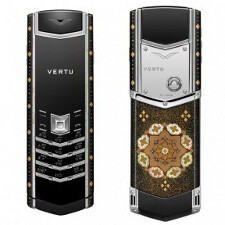 Unsuspecting Chinese worker steals ridiculously priced Nokia Vertu phone, could end up behind bars for 10 years
