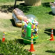 Global warming takes its toll on the Android Jelly Bean statue