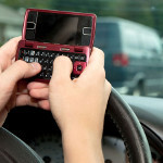 RIM patent stops texting while driving while forcing it at the same time