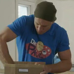 MMA fighter plays Dr. Paul, unboxing the Google Nexus 7