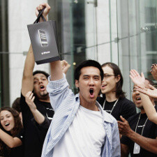 Existing iPhones to grow shipments this quarter despite mounting anticipation for iPhone 5?