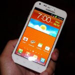 Hands-on with Samsung's upcoming phones for prepaid carriers Boost and Virgin Mobile
