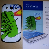 You draw me a dragon, I counter with kangaroo - Samsung gifts customized Galaxy S III to a loyal fan