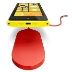Nokia Lumia 920 wireless charging pad poses for snapshot