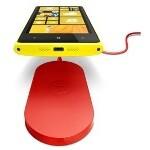 Nokia Lumia 920 wireless charging pad poses for snapshot
