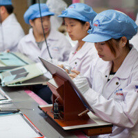 Students allegedly forced to work at Foxconn assembly lines as new iPhone nears