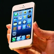 Conan O'Brien almost gives iPhone 5 a hands-on