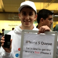 Here's the world's first iPhone 5 owner