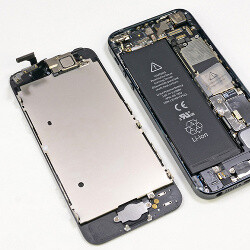 Apple will start replacing broken iPhone 5 screens instead of just giving you a new phone as before