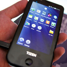 Is Samsung readying a Galaxy S III version running on Tizen?