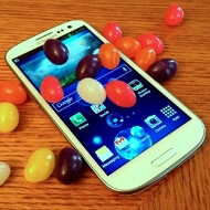 The official Jelly Bean OTA update for the Samsung Galaxy S III starts off with Poland