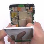 Motorola DROID RAZR M gets torn apart and rebuilt for your viewing pleasure