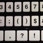 Video shows latest complaint from Apple iPhone 5 users: static lines on QWERTY