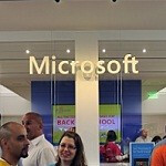 Microsoft opens stores in New York, Delaware and New Hampshire to cheering crowds