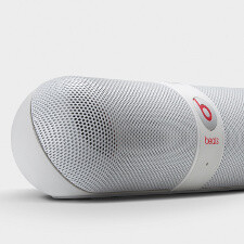 "Beats Pill is ""just what the Doctor ordered:"" Bluetooth NFC speaker with pill-like design"