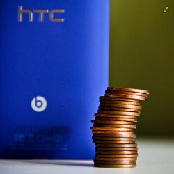 HTC throws a punch at Nokia: Lumia 920 is much heavier than the Windows Phone 8X